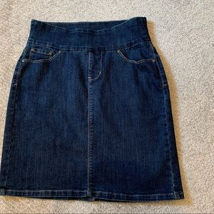 JAG size 6 denim jean skirt